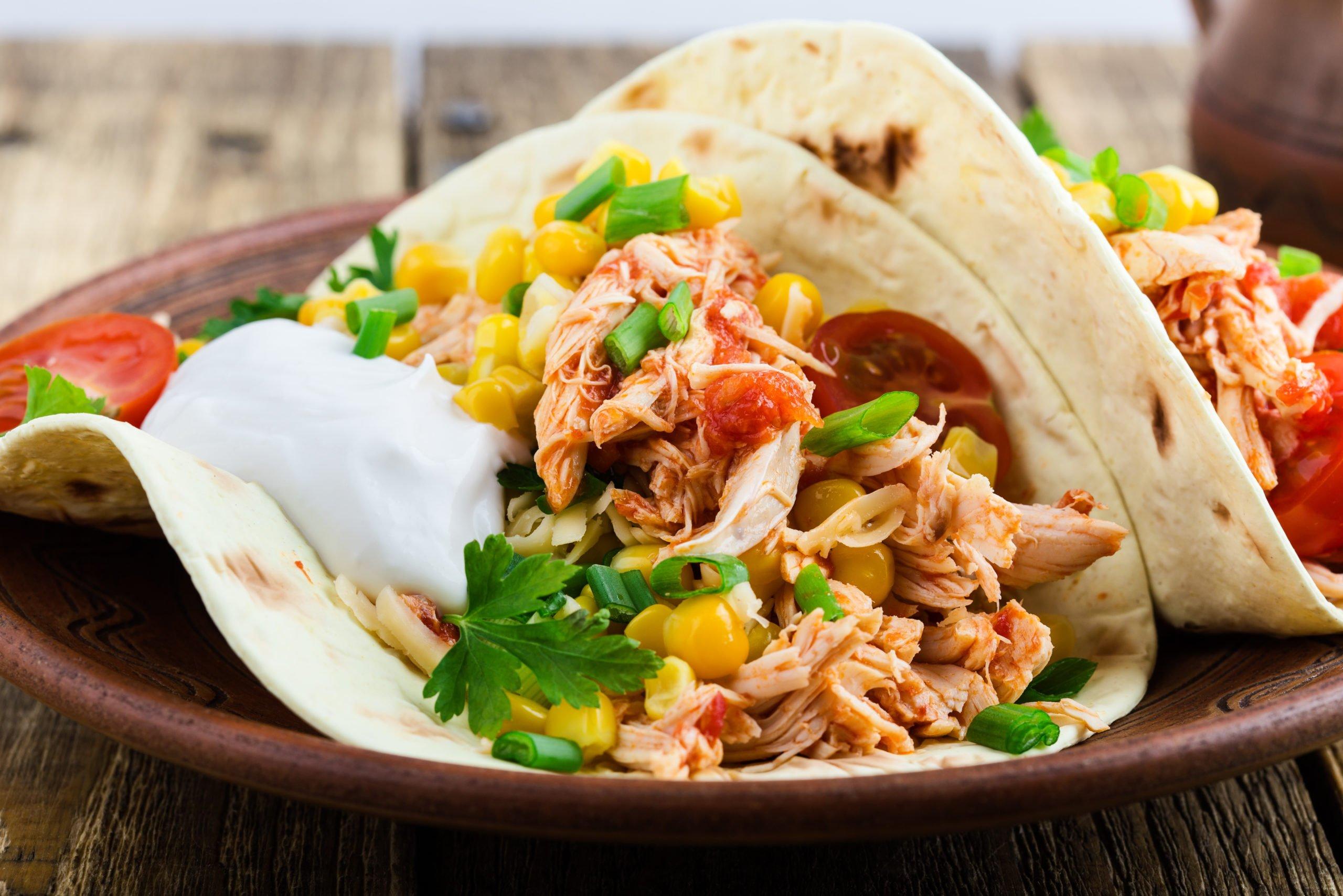 Instant Pot Salsa Shredded Chicken Tacos